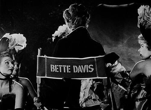 Los ojos de Bette Davis.