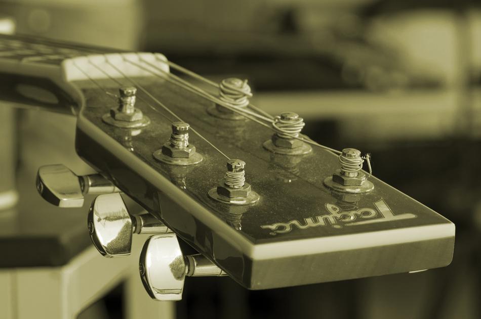 Sobre instrumentos desafinados